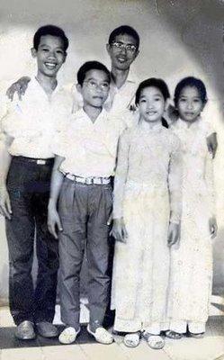 Hai-Minh-Tien-Ngoc-chup-voi